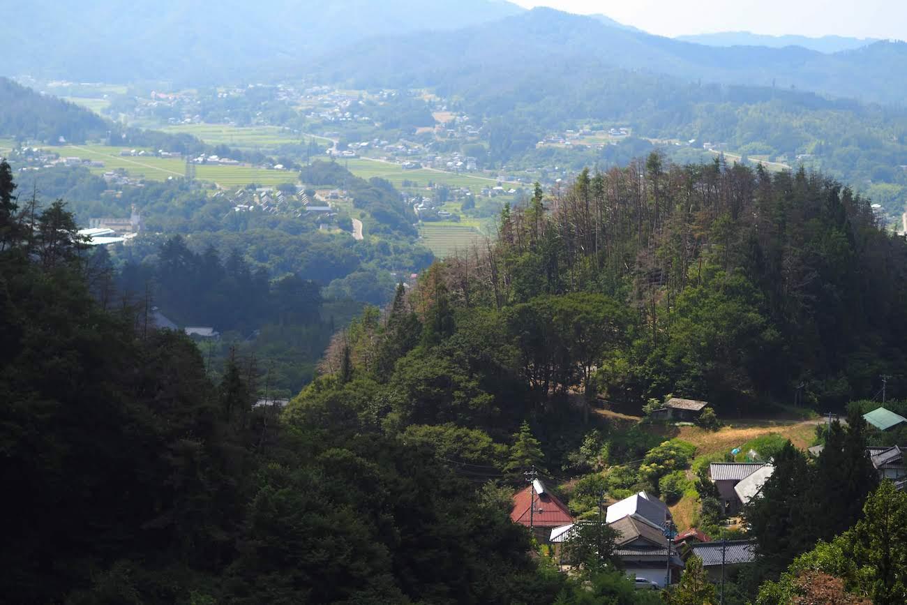 長安寺岩井堂