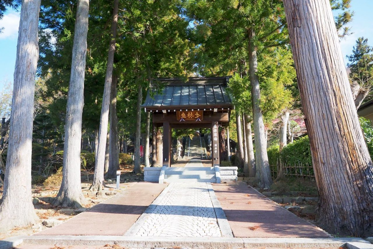 茅野市の頼岳寺