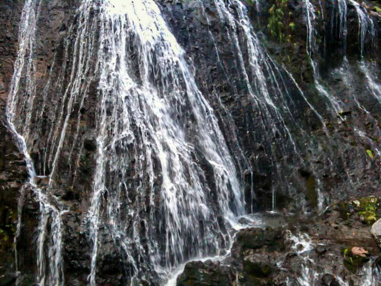 松本市乗鞍高原の三本滝