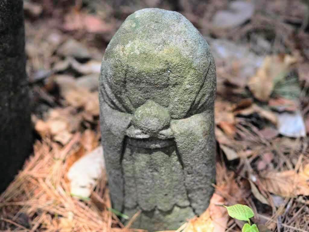 修那羅山安宮神社石仏・石神